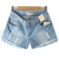 2014 Summer Hollistic Women Shorts Embroidery Logo Edge Tassel Mill White Ripped Denim Shorts Jeans Feminino