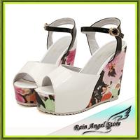 European Fashion Waterproof Platform Flower Printing Women Wedges Sandals  Women Summer Shoes High-heeled Shoes