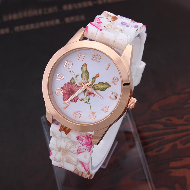 Fashion Casual Watch Flower Pattern Quartz clocks Women's Wristwatch Silicone Band Analog Round Alloy Case Free shipping(China (Mainland))