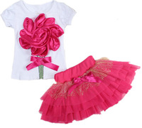 Casual clothing set 2 pieces T-shirts+short skirts with red flower outerwear and outdoor for girls 2014 new spring summer