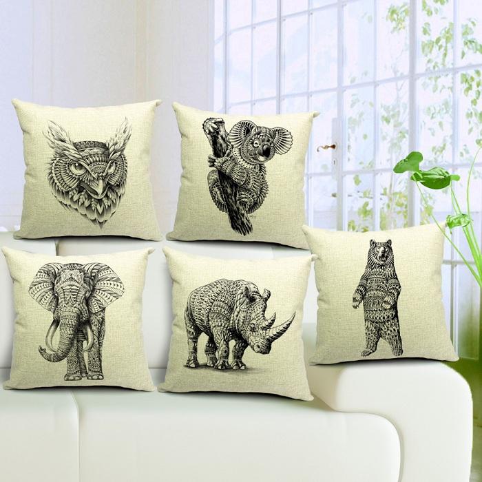 45 centímetros * 45 centímetros Algodão e linho almofada / travesseiro capa de serapilheira almofada do sofá da tampa animais elefante, rinoceronte, ursos de preguiça série ajustada 4pcs(China (Mainland))