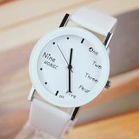 New Fashion Concise sport men women Unisex Student Watch Slim Lovers Wristwatches Round black white Watches free shipping