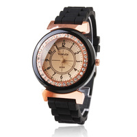 Black Silicone Band Quartz Movement Wrist Watch with Czechic Diamond Decoration
