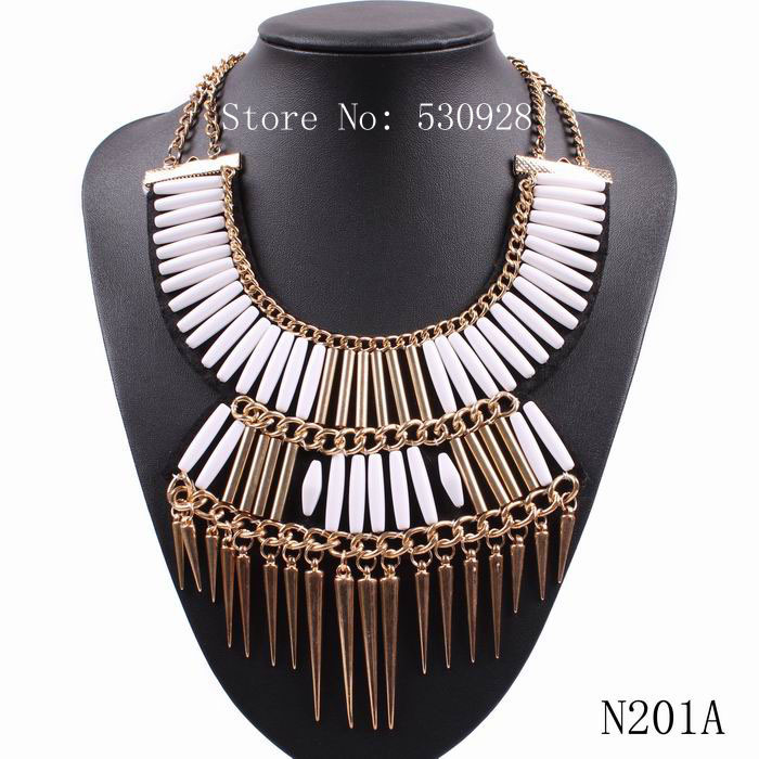 "fashion 2015 punk style spike big chunky statement "" U ""shape collar pendant necklaces for women(China (Mainland))"