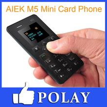 m5 aiek tarjeta de teléfono móvil 4.5mm ultra delgado bolsillo mini teléfono de doble banda baja radiación aeku m5 árabe español italiano ruso(China (Mainland))