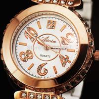 2014 new fashion hot sale rhinestone high quality famous brand best gift women female classic wrist quartz watch