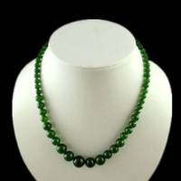 Natural sapphire necklace in Taiwan Bright green necklace Men and women tower long necklace Exquisite box holiday gifts