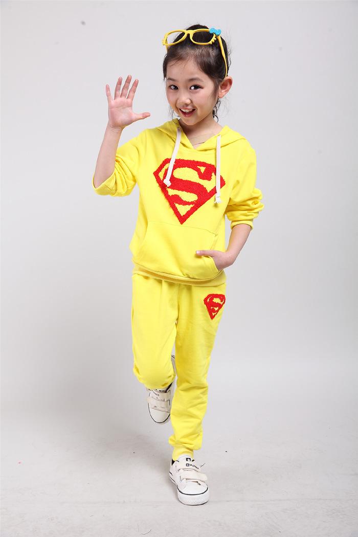 Wholesale Autumn Boys and Girls Superman Coat Jacket Long Sleeve Hoodies +pants 2 Pcs Children suit Sportwear leisure Sets(China (Mainland))