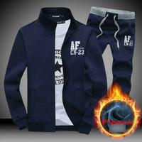 Lowest price !!! sport sweatshirt tracksuits men /women stand collar men's sports suit M-3XL