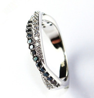 60% off Fashion White/Black Crystal Rings for Women Wedding Simulated Diamond Zirconia Cheap Jewelry for Valentine's Gift Y022
