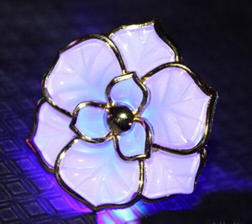 Colorful LED Light-Emitting Hairpin Rose Flower Flash Hair Clip Fashion Women Headwear Popular Luminous Headdress Free Shipping(China (Mainland))