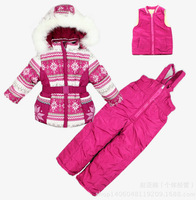 2014 new winter girls three-piece Ski suit Long sleeve thicken Geometry printing hooded coat+waistcoat+suspender overalls 5 size