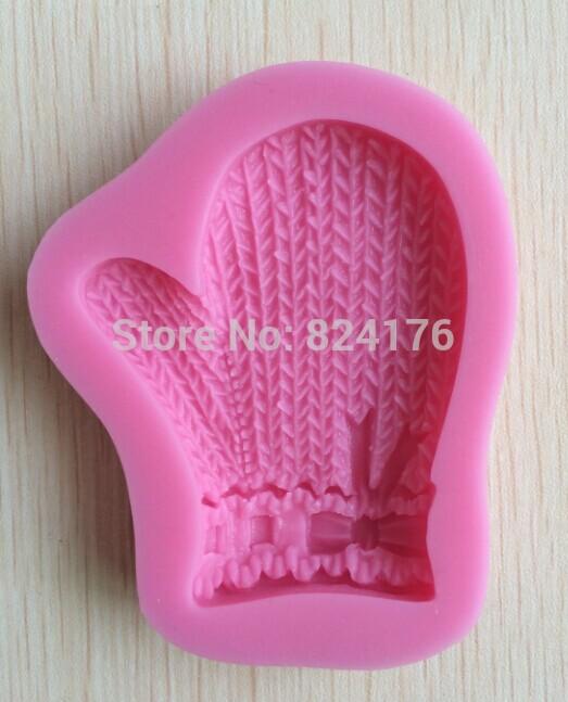 Christmas Glove shape Chocolate Candy 3D silicone Mould Cartoon Figre/cake tools Soap Mold Sugar craft Cake Decoration C317(China (Mainland))