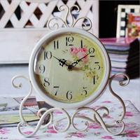 European style antique retro table clock antique vintage metal Digital  retro clocks wrought iron Vintage home decor