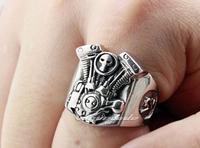 Male skulls motorcycle engine ring