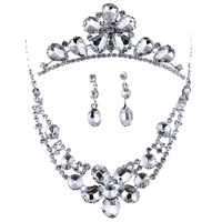 Pretty good Korean crown three-piece wedding dress bridal necklace bridal jewelry accessories to send Gift Set