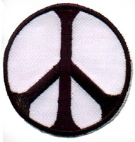 Wholesales 100pcs/lot embroidery black/ white peace sign and yingyang logo