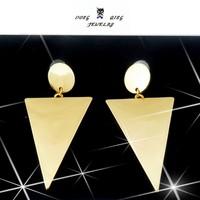 Punk Geometry Triangle Stub Earrings Women Big Spike Earrings for Nightclub Rock/Hiphop Earrings Jewelry for Lady