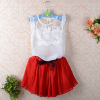 free shipping 2014 girls clothing sets Fly sleeve pleated lace stitching vest two-piece baby casual con junto kids suit 2~6age