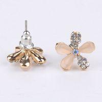 New 2014 Romantic Style Fashion Stud Earrings Rhinestone White Flower Earrings For Women Y50*MHM665#S7