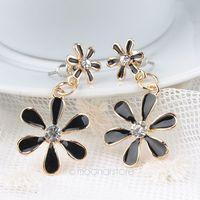 Fashion Hot Selling New Style Classic Chrysanthemum Flower Rhinestone Stud Earring for women Y50*MHM676#S7