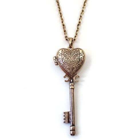 2014 Fashion Vintage Key Necklaces For Women Free Shipping Antiqued Palace Heart Shape Box Key Locket Design Pendant Necklaces(China (Mainland))
