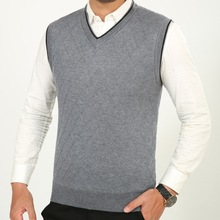 Winter new men wool vest plus velvet thick  v- neck knitwear sleeveless solid color  sweaters (below is US size )(China (Mainland))