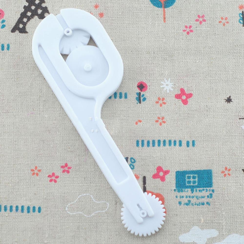 WH- Functional Anti Slip Sugar Craft Cake Fondant Wheel Cutter Roller Embosser Tool Set White Color(China (Mainland))