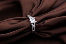 Discount Marriage Jewelry Zircon Wedding Rings Female for Bijoux Women 2015 New Arrival Crystal Jewelry Brand