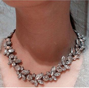 Высокое качество 2015 мода ювелирные изделия женщины кристалл серебряный цветок кулон ...
