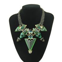 2015 New Fashion Acrylic Triangle Statement Necklace