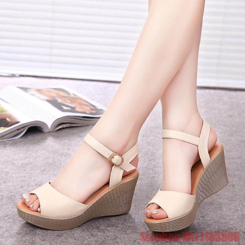 size 35-40 vintage women sandals genuine leather gladiator sandals women 8 cm high heels platform sandals summer wedge shoes(China (Mainland))