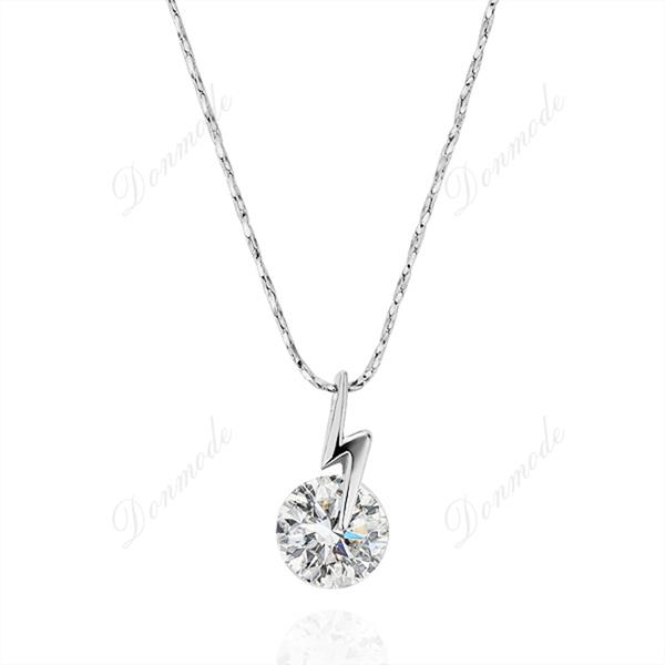 Free shipping Fashion jewlery Wholesale 18K Gold Plating Crystal Simple Classic Pendants Necklace Accessories N199