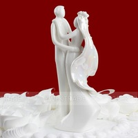 Wholesale 50pcs/Lot Wedding Cake Decoration Party Supplier Ceramic Bride and groom Couple Figurines Design Wedding Cake Toppers