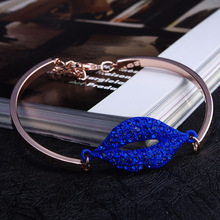 Kavatar New Arrival 2015 Sexy Red Lips Full Crystal Rhinestone Bracelet Fashion Women Jewelry Free shipping