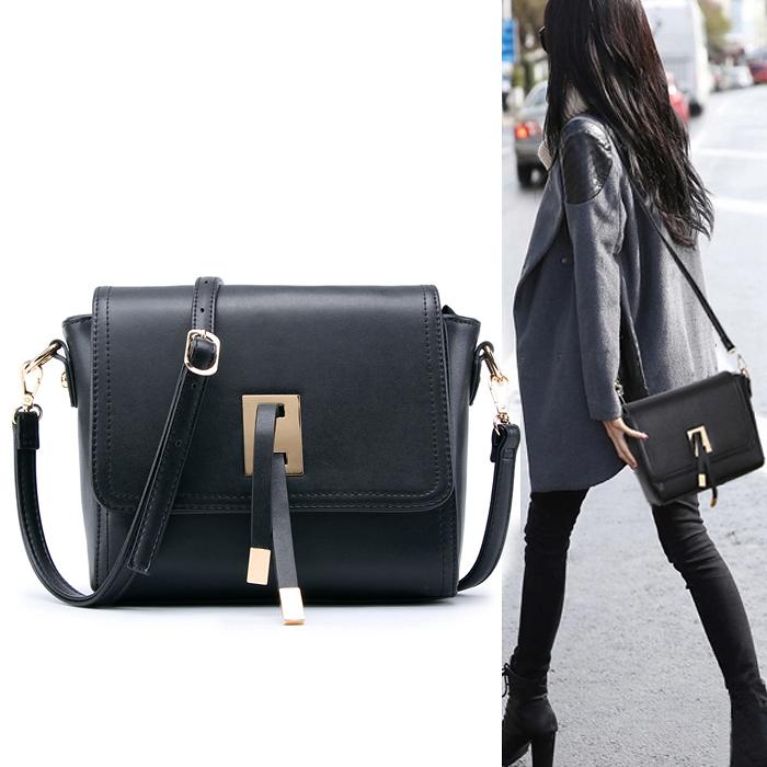 2015 women Handbags candy color bag fashion flap postman summer messenger shoulder bag tassel small PU leather handbag(China (Mainland))
