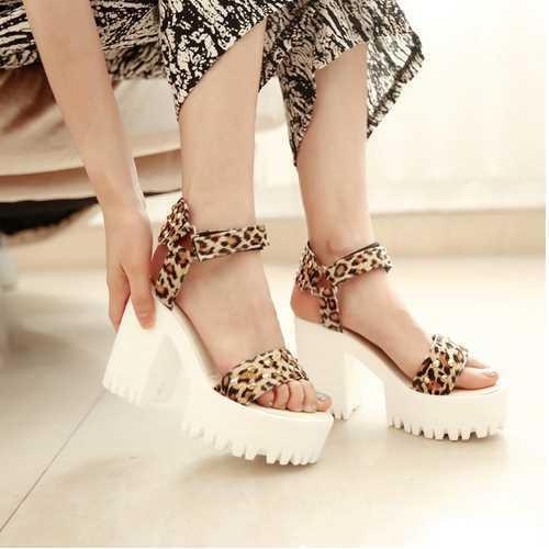 Женские сандалии 2015Thick