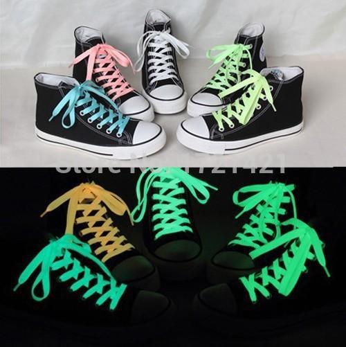 2015 New fashion sports luminous shoelaces glow in the dark color fluorescent shoelace flat shoe laces 120cm 5colors 2pcs(China (Mainland))