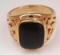 Men's ring.Size 8-11.Free shipping. Black Onyx 18K GP Yellow Gold Ring.Style free collocation.3 a favorable price.