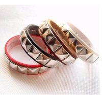 Min order $15 Best sell Fashion High-quality leather Bracelet/bangle jewelry  place order get gift