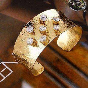 LUXURY WOMEN'S 18K YELLOW GOLD PLATED 10.5 CT BRILLIANT CUT GRADE AAA CZ DIAMONDS BANGLE BRACELET, (00429-01)