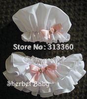 30pcs Wholesale- Cute baby infant pants New fashion pants Baby Ruffle Bloomer pants + cap30pcs