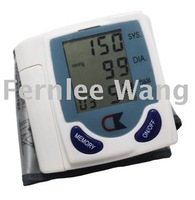 Free Drop Shipping Digital Wrist Blood Pressure Monitor Measure Meter Tester and Heart Beat LCD Display