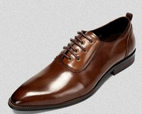 High quality of men's leather shoes sell like hot cakes