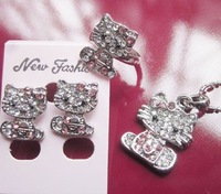wholesale Cute Hello kitty crystal bow Jewelry Set (Necklace + Earrings + Ring), fashion jewelry, pendant free shipping