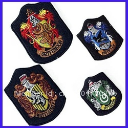 Wholesale Mixed 20pcs Harry Potter Gryffindor Slytherin Hufflepuff Ravenclaw Embroidery Iron Patch Badge Cosplay Accessory(China (Mainland))