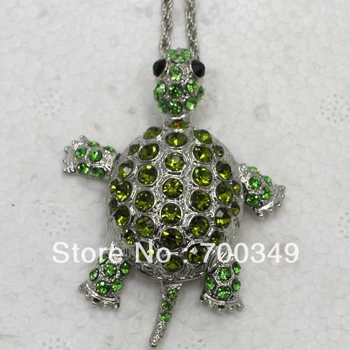 Wholesale Peridot & Olivine Crystal Rhinestone Can Swing Sea Turtle Tortoise Pendant Necklaces Sweater Chain Jewelry F011 K(China (Mainland))