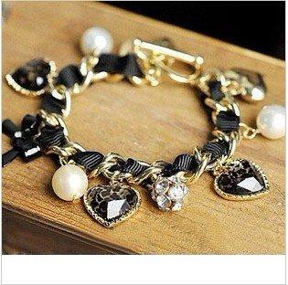 B010 Retro Heart Leopard Rhinestone Crystal Pearl Bracelets love heart Wholesale charms B5 6