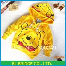 baby lovely pooh comfortable hood for spring and autumn,hoodies,sweatshirt,Free shipping,wholesale High quality C13074SL(China (Mainland))
