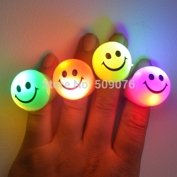 Free shipping 180pcs/lot 3*3*4cm TPR led flashing finger lights for parties(China (Mainland))